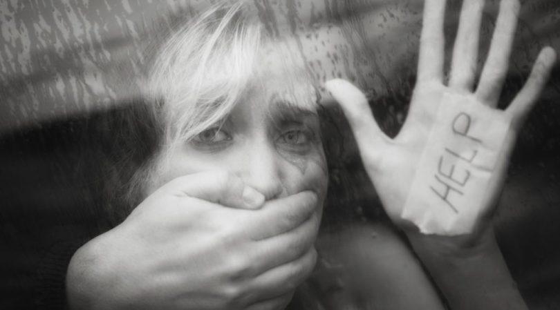 Nasilje nad ženama, ljudskim ili ne-ljudskim.